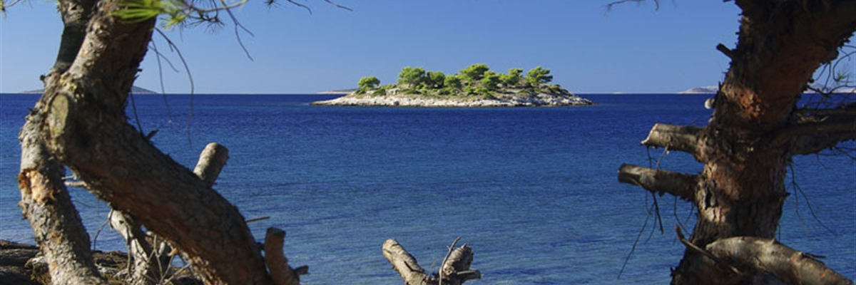 In the Croatian part of the Adriatic Sea, there are 718 islands, 389 islets and 78 reefs, making the...